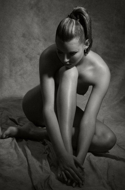 девушка, ню, модель про линии...photo preview
