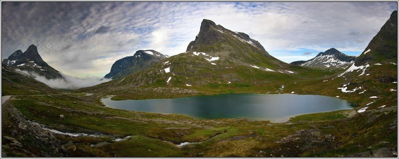 норвегия, фьерд, озеро Путь тролляphoto preview
