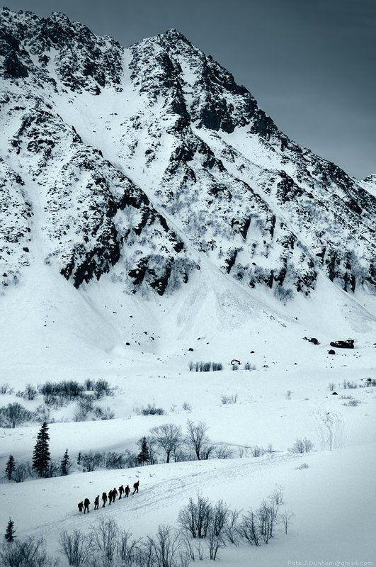 горы, снег, скалы, камни, небо, фирн, хребет, гребень, траверс, альпинизм, альпинист, сборы, хабаровск, баджал, 2011, май, апрель Cold solitudephoto preview