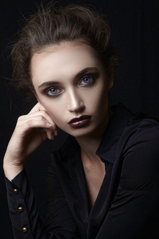 portrait girl model портрет девушка модель Vikphoto preview