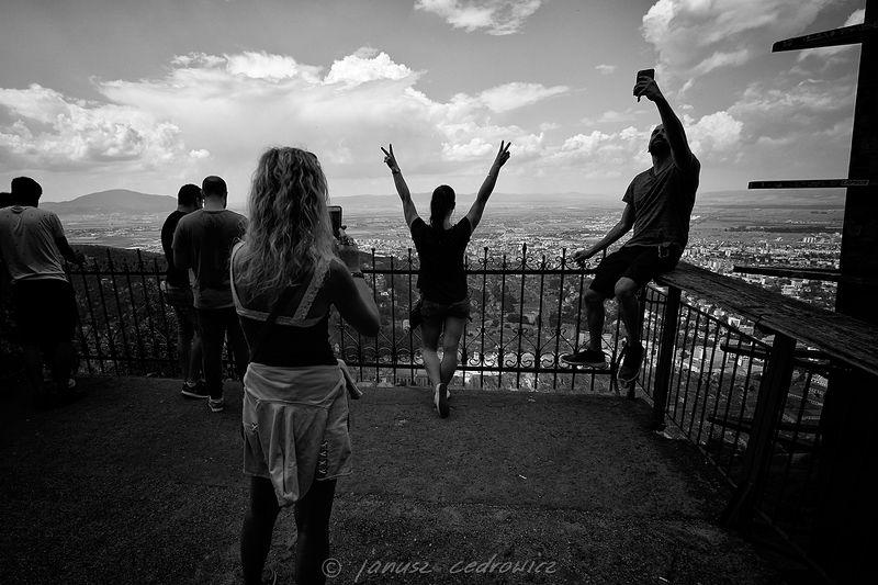 romania,brasov,tampa,view,tourist,handy,selfie,blackandwhite, ...photo preview