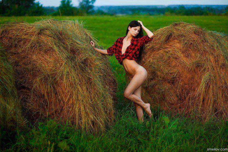 ню, девушка, стога, поле, природа, голая, эротика, воронеж, красивая, nude, girl -photo preview