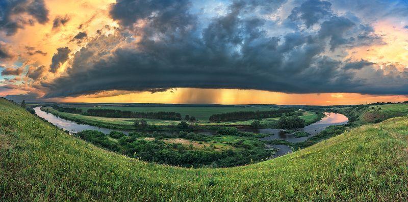 вечер,закат,отражения,облака,тучи,пасмурно,панорама,гроза Приближение грозы 3photo preview