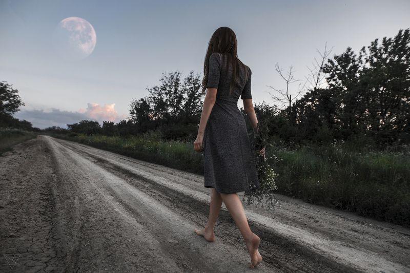 Портрет, женский портрет, девушка, взгляд, Россия, луна Алинаphoto preview