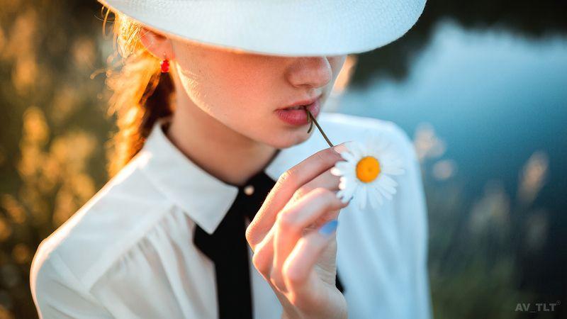 портрет , ромашка, полевые цветы, шляпа, девушка,  Настяphoto preview