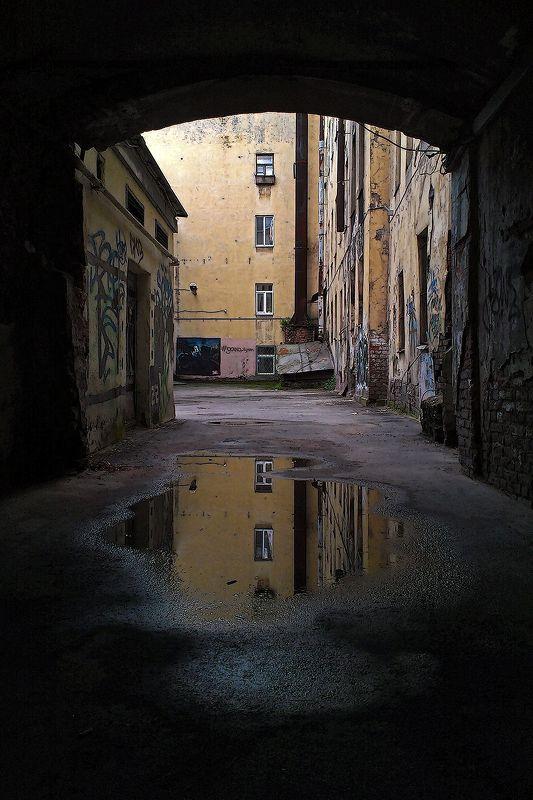#deep.spb, #deepspb, #санктпетербург, #петербург, #спб, #питер, #saintpetersburg, #petersburg, #spb, #piter, #город, #city, #street, #streetphoto, #streetphotography, #cityscape, #urbex, #urbexphoto, #urbanexploration, #abandoned, #decay, #light, #shadows 180709-1photo preview