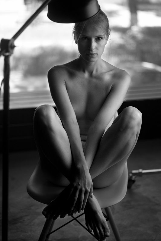 nude bw blackandwhite girl T e t a t e tphoto preview