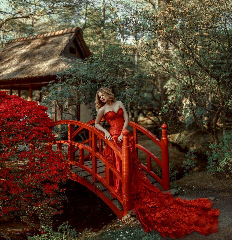 девушка в красном платье, красное платье, мост, китай, природа алая рекаphoto preview