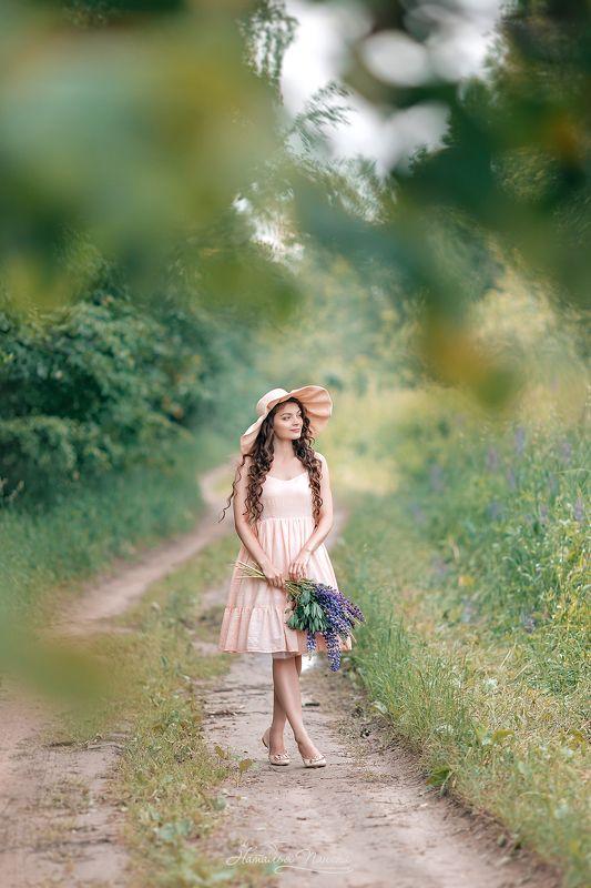 Девушка, портрет, прогулка Provencephoto preview