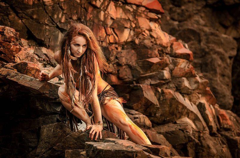 скалы, дикая, девушка, фотограф спб Красная земляphoto preview