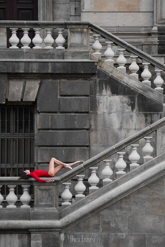 ballerina, dance, dancing, portrait, street, outdoor Берлинский кафедральный собор IIphoto preview