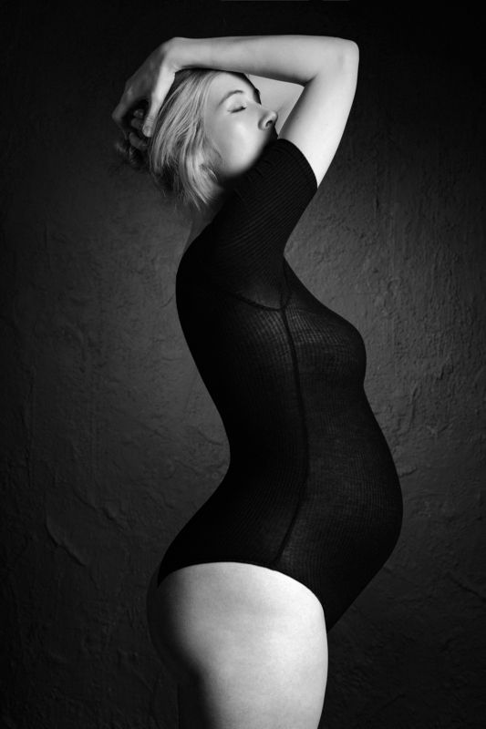 портрет, чб, беременность photo preview