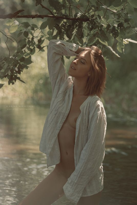 Artur Barczyński Fotografia  Women River summer Riverphoto preview