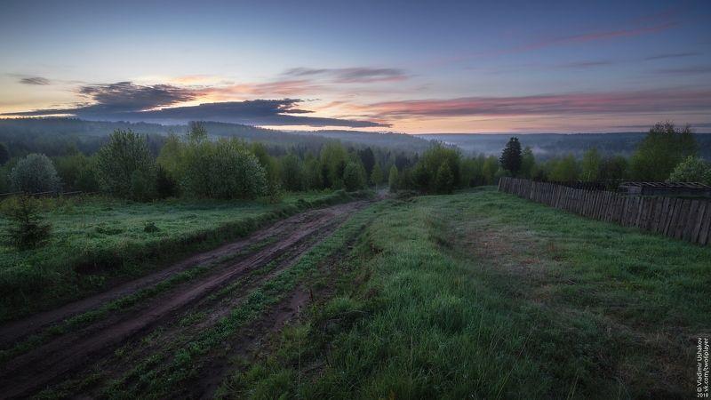 утро, рассвет, дорога, деревня, Сибирь, Пермский край Рассвет у деревниphoto preview