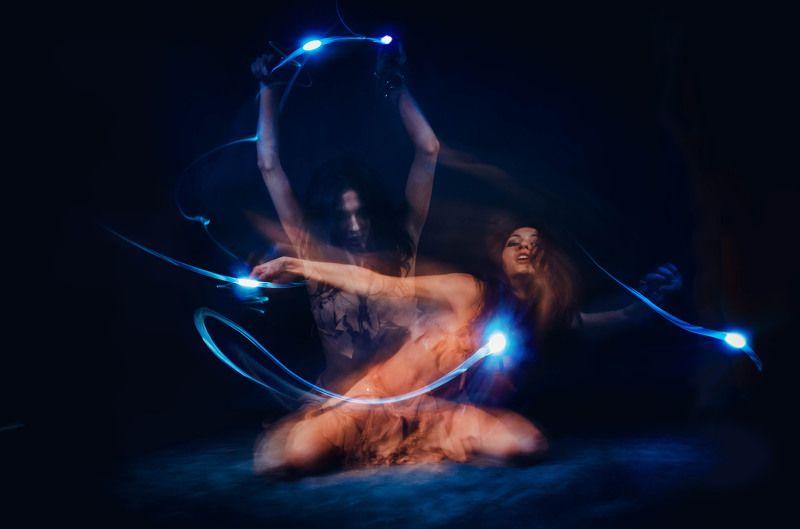 Танец с огнямиphoto preview