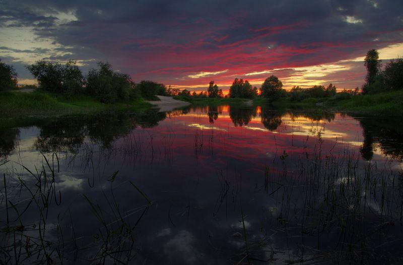 Догорал летний вечерphoto preview
