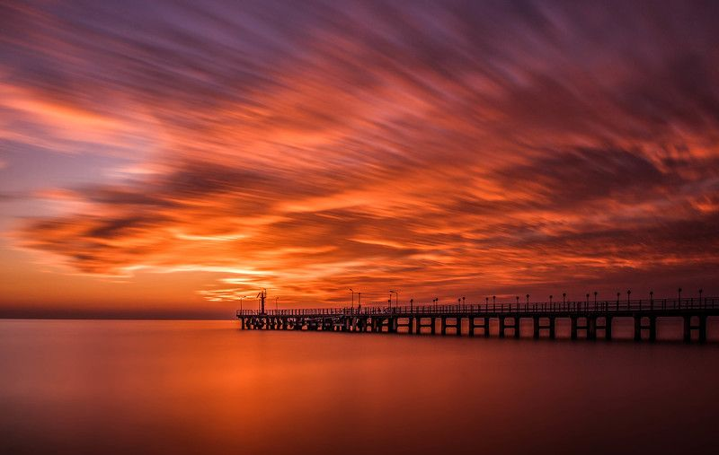 море, черное море, бухта, вода, небо, вечер, закат, пейзаж, sea, black sea, seascape, water, sky, вечер, причал, закат, облака, длинная выдержка, evening sunset, clouds, pier, long exposure Wind of goldphoto preview