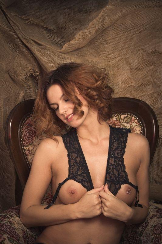 ню, nu, nude, nudeart, арт-ню, портрет, portrait, girl, девушка, обнажённая, грудь, кресло, photo preview