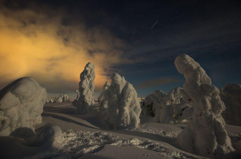 ночь,снежные фигуры,кольский полуостров,кандалакша,снежная сказка,заполярье, сопки photo preview