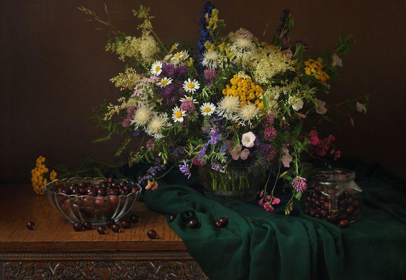 полевые цветы, крыжовник, лето, натюрморт, ромашки ***photo preview