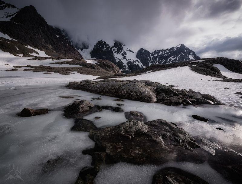 Июль в Норвежских горахphoto preview