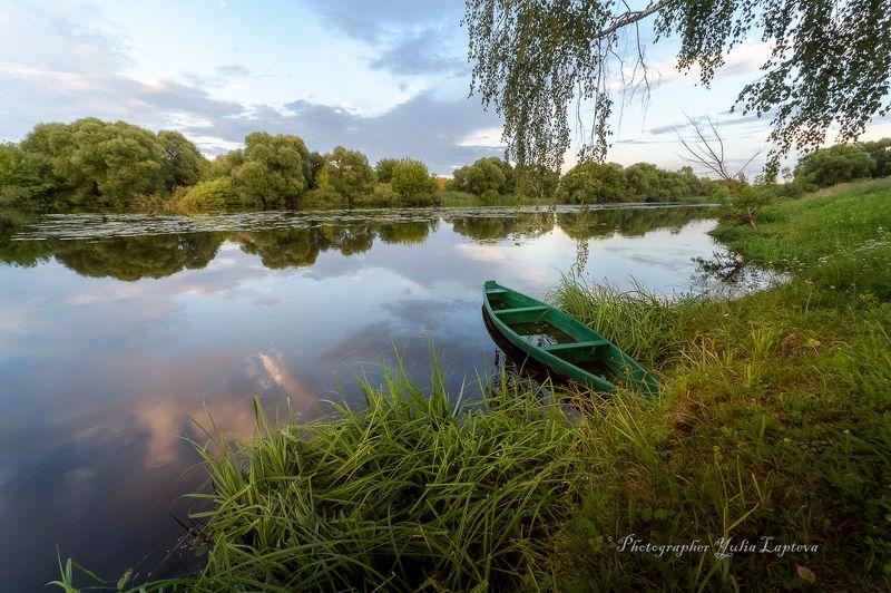 природа,пейзаж,путешествие,лето,лодка,красота,россия Про лодку на июльском берегуphoto preview