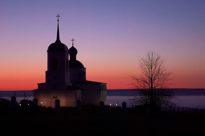 церковь, рассвет, река, утро На рассветеphoto preview