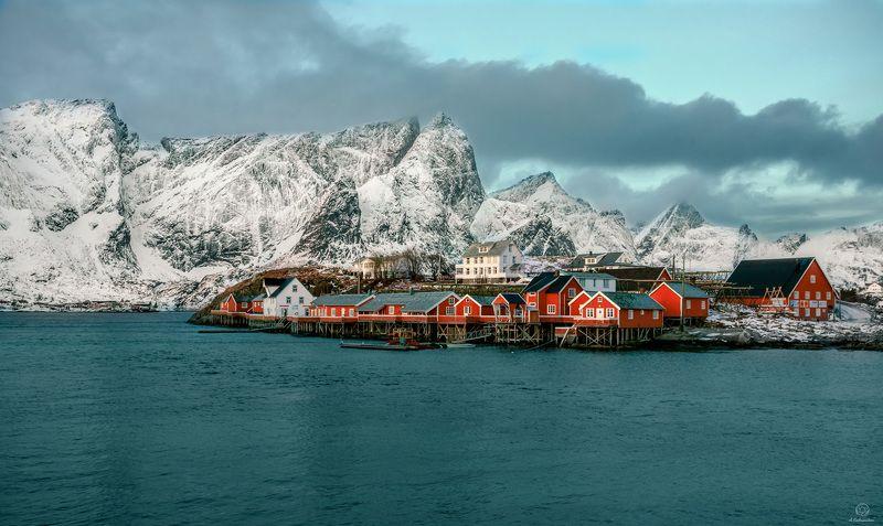 скандинавия, домики, горы Другая жизнь / Norway / Lofotenphoto preview