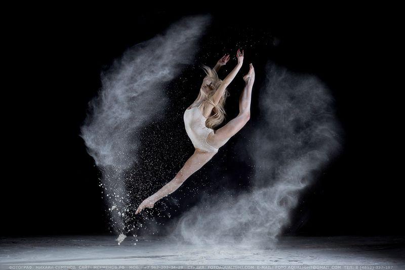 михаилсеменов, девушкавмуке, движение, сила, фотопроект, гимнастика, балет, maiklwet, hensel, canon Сила движенияphoto preview