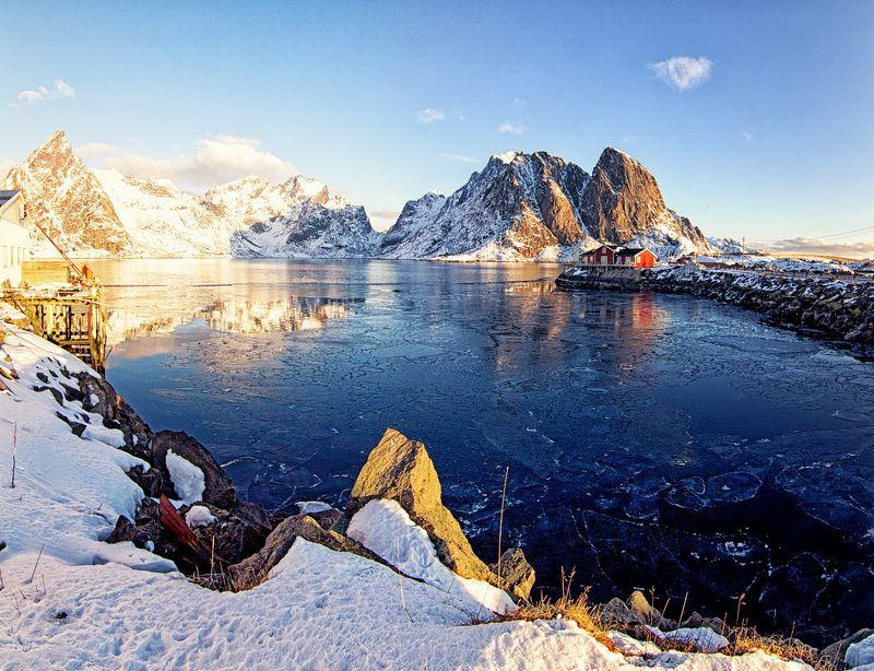 лофотены,горы,лед,рыбацкие домики,режимное время. Весна идет, весне дорогу.photo preview