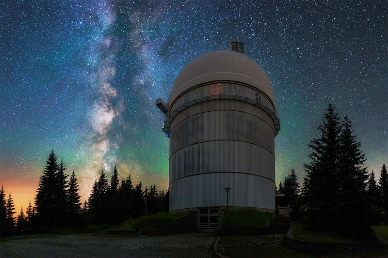 carl zeiss, national astronomical observatory, telescope, milky way, ritchey-chretien-coude, nao rozhen Тhe guardian of the galaxyphoto preview
