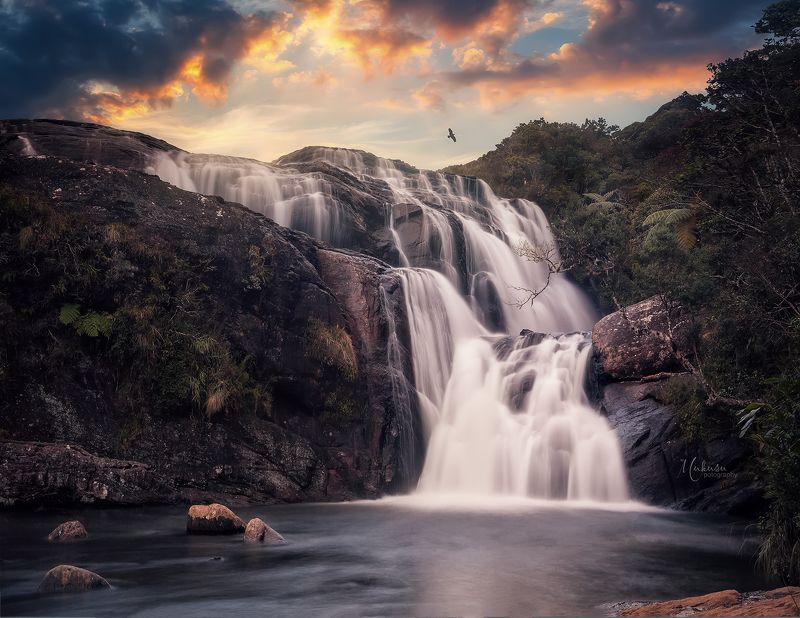 landscape, пейзаж,waterfall, sri lanka Horton plains national park. Sri Lankaphoto preview