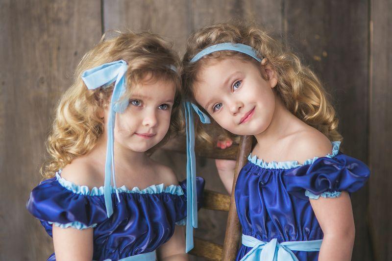 близнецы Вика и Настяphoto preview
