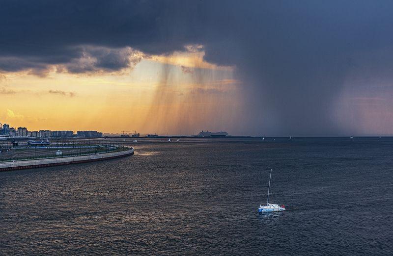 вода залив гроза дождь яхта корабли небо тучи Гроза над заливом. Домой.photo preview