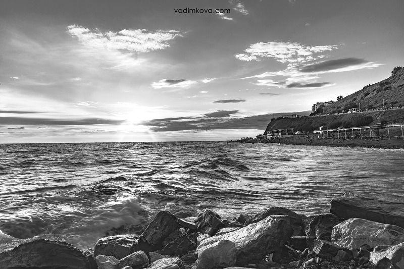 море, вода, волна Высокий берегphoto preview