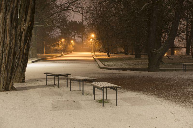 чехия, прага И выпал снег......photo preview