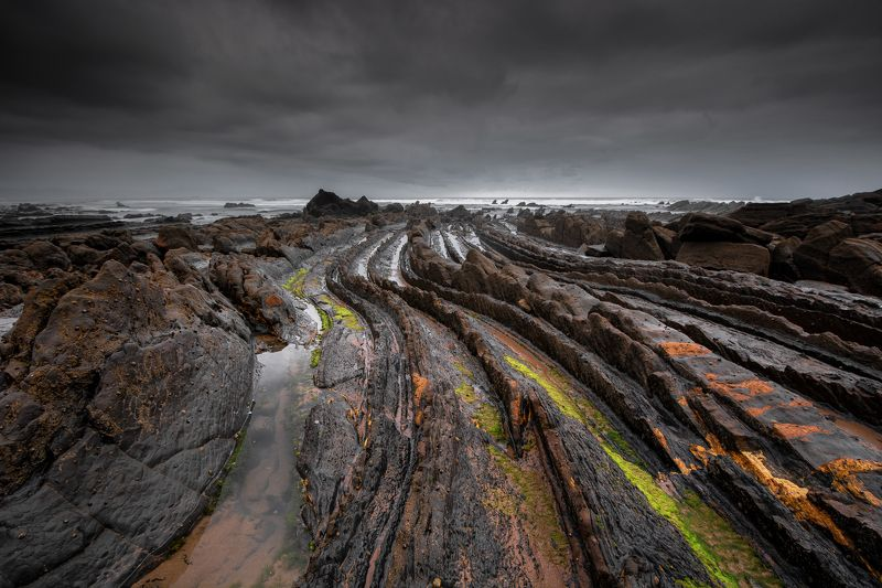hugo, só, hugosó, nikon, d710, nikond710, barrik, españa, spain, espanha, europe, rocks, beach Dragon\'s Tail.photo preview