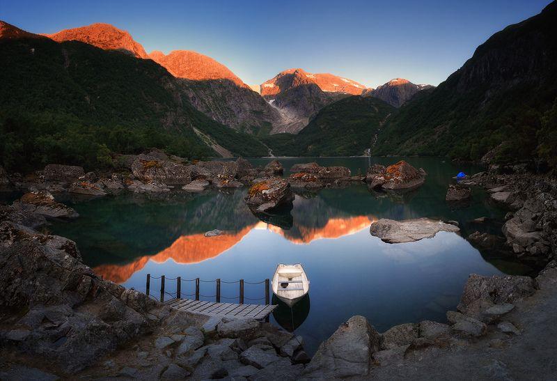 норвегия, лето, озеро, горы, панорама Тихое местоphoto preview