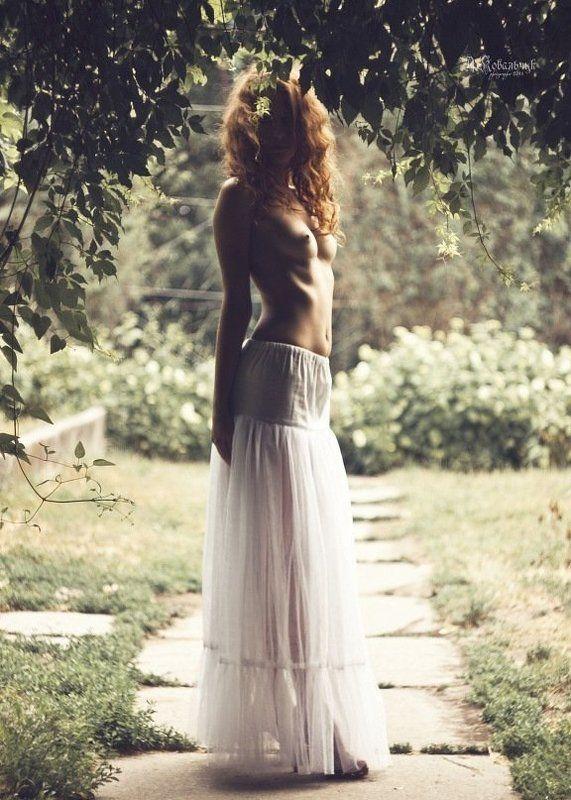 парк, силуэт, эротика, грудь, девушка, листья, природа, топлес, ню photo preview