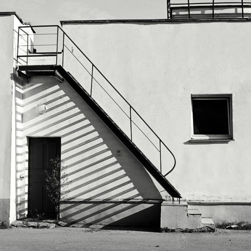лестница, тень photo preview