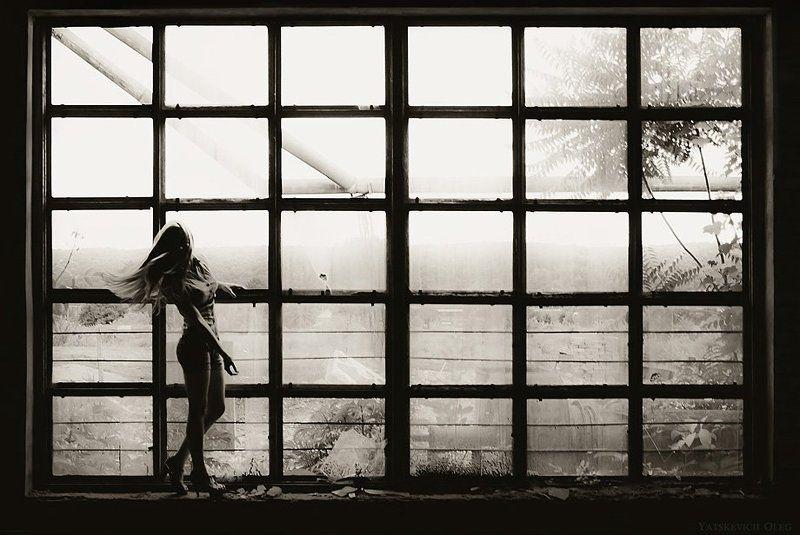 даша, девушка, портрет, окно, апокалипсис photo preview