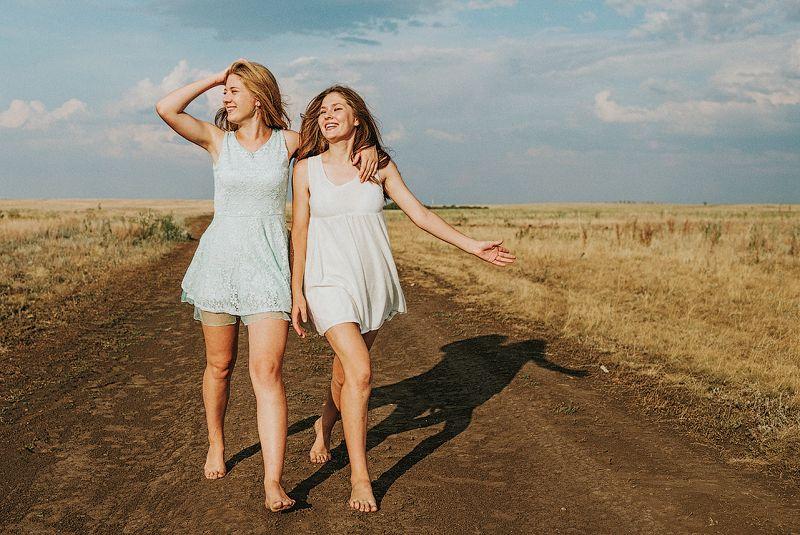 Две сестры!photo preview