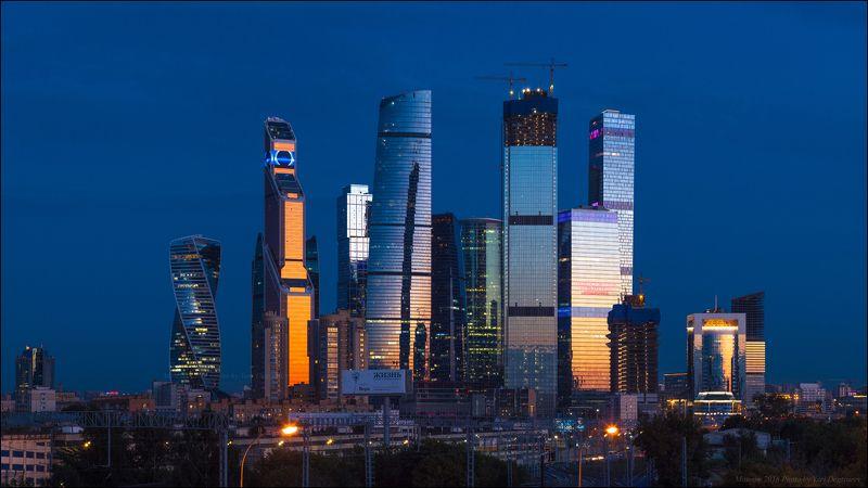 город, Москва, Сити, высотки, небоскребы, закат, вечер, столица, Меркурий, ОКО, Neva, Towers, Федерация Москва-Сити на закате.photo preview
