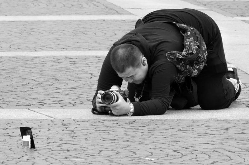 street, photographer, photography, reportage, japan, confrontation, contrast, comparative, sizes Давид и Голиафphoto preview