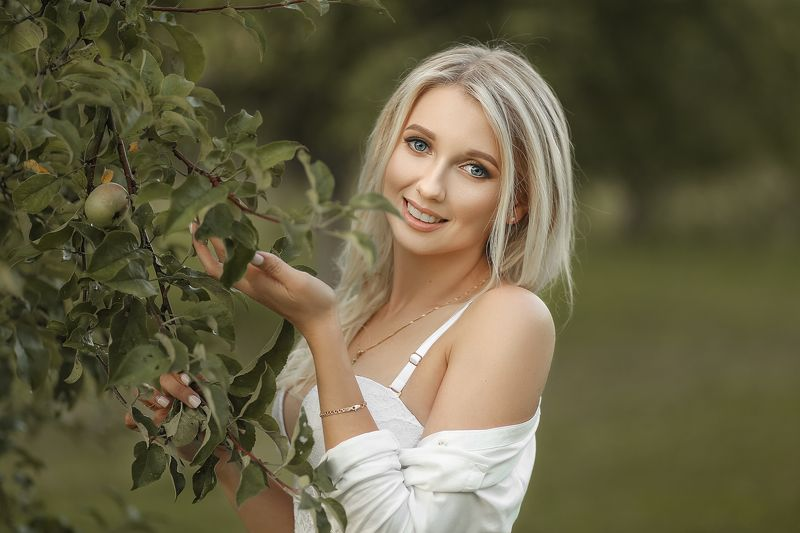 портрет арт art девушка красота модель природа сад лето Juliaphoto preview