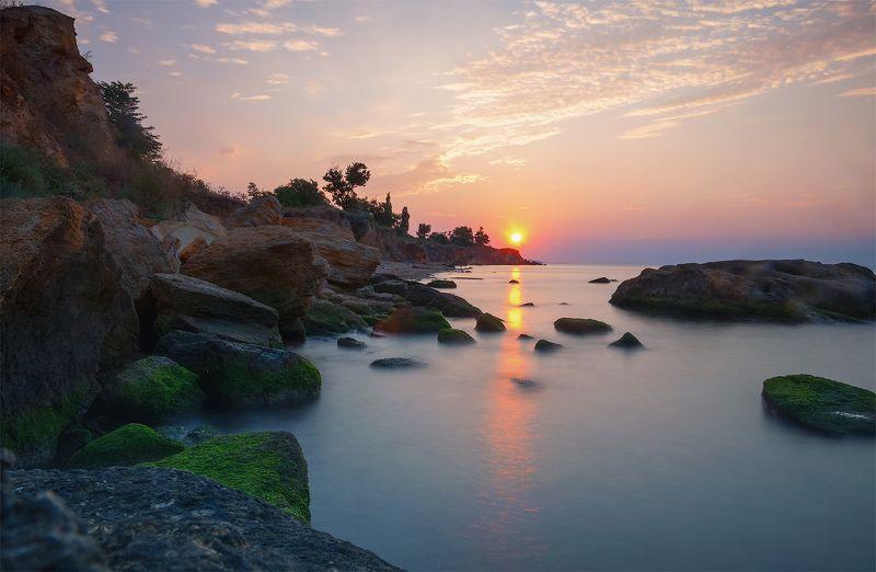 одесса, фонтанка, украина, восход, солнца, камни, море, вода, туман, облака Утренняя \