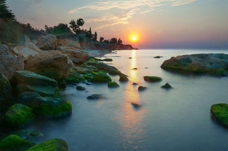 Рассвет, Одесса, Фонтанка, отражение, лучи, камни, берег, пляж, облака Рассвет над Фонтанкойphoto preview