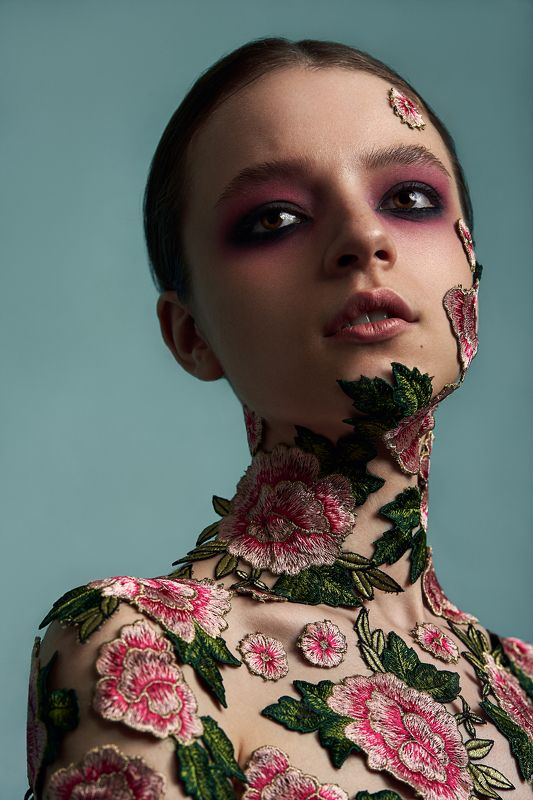 fashion, style, collage, flower, fineart, portrait, retouching, awesome, beauty Soldato Rossophoto preview