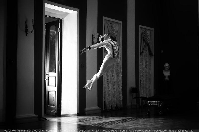 михаилсеменов, балет, полет, студия, танец, чб, hensel Дыхание балетаphoto preview