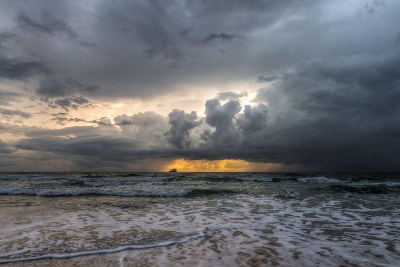 Буря на мореphoto preview